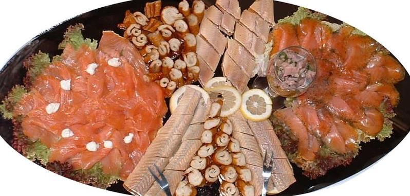 Fischplatten auf Schiefer oder Glas